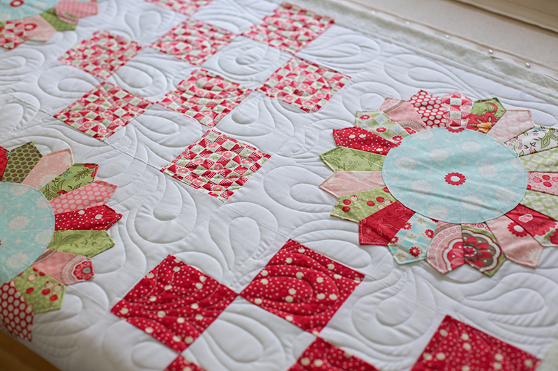 Field-Day---custom-quilted-by-Sarah-Wilson